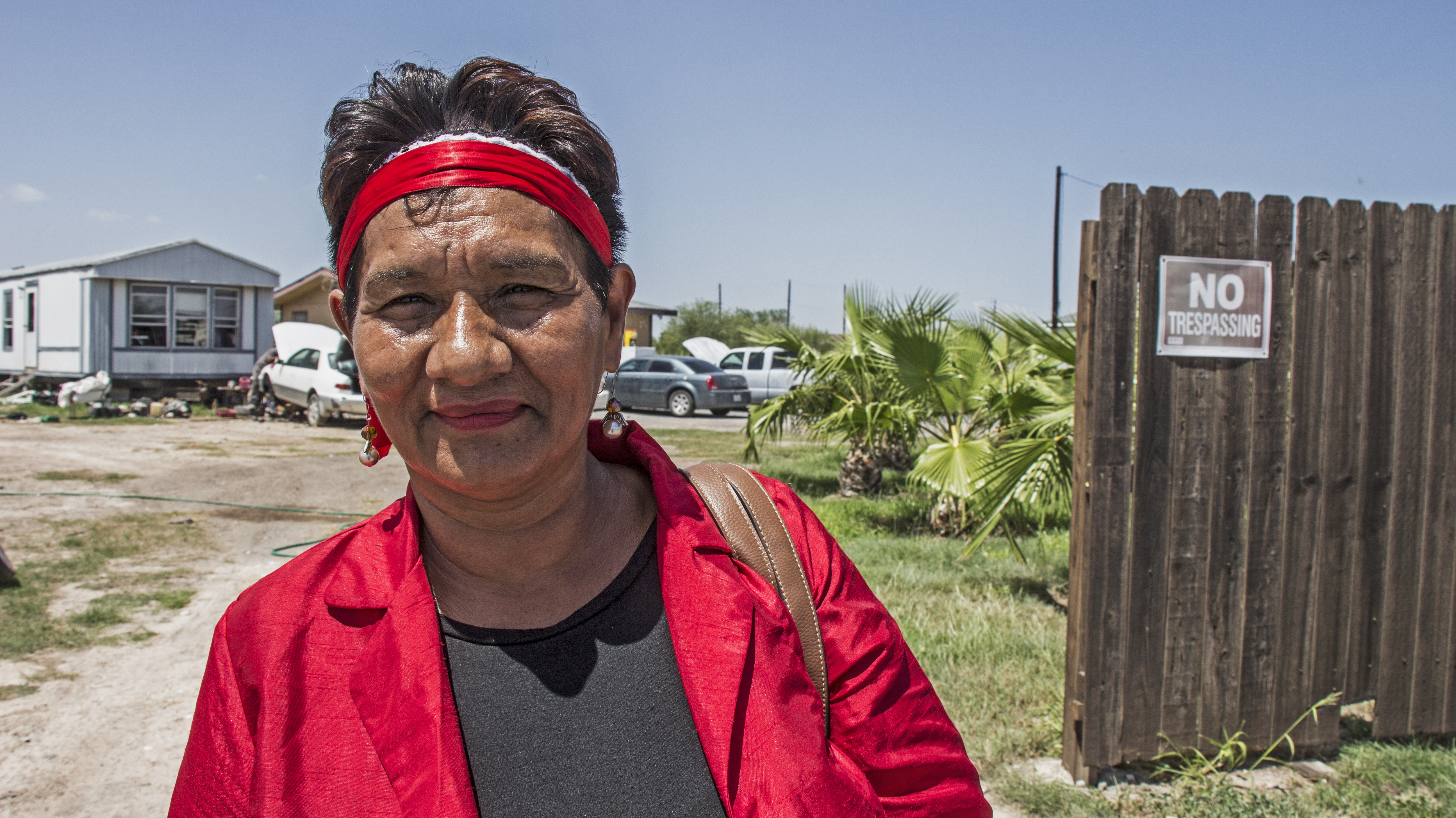 Rosa Garcia 56 In Front Of Her Home La Frontera Estates 3 Shaghayegh Tajvidi This Is Worldtown